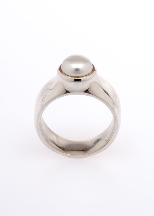 ToucheToday-Pearl-ring-men-home