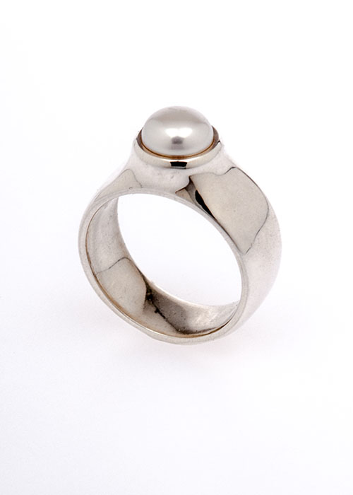 Touch 233 Today 3d Printed Pearl Ring In Silver